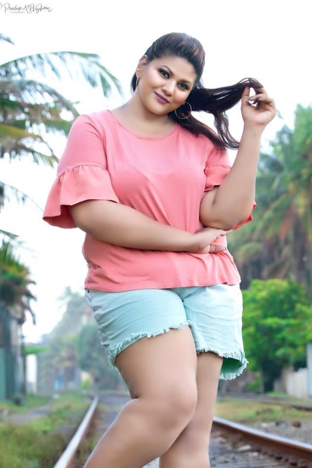 In srilanka girls sexy Sri lankan